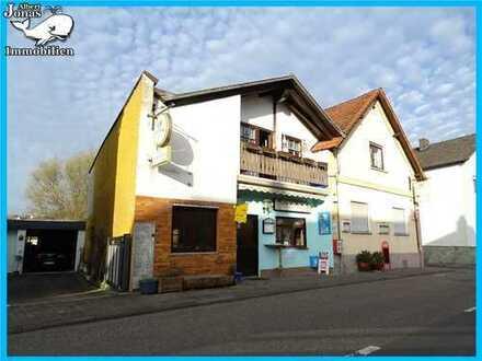 Wohn- und Geschäftshaus: Gaststätte mit insgesamt 4 Wohnungen