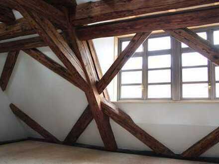 freundliche Maisonette-Wohnung auf Schloss Mühlen