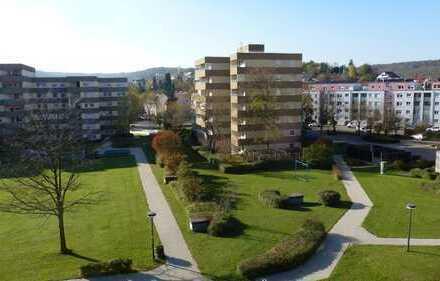 S-Botnang Helle 3 Zimmerwohnung mit EBK und Stellplatz zu verkaufen