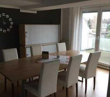 Gepflegte 1,5-Zimmer-DG-Wohnung mit Balkon und Einbauküche in Dortmund