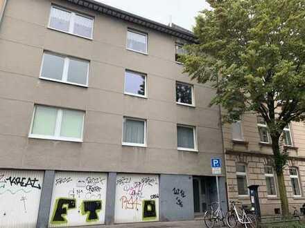 Lichtdurchflutete 4 Zimmerwohnung im Herzen von Nippes