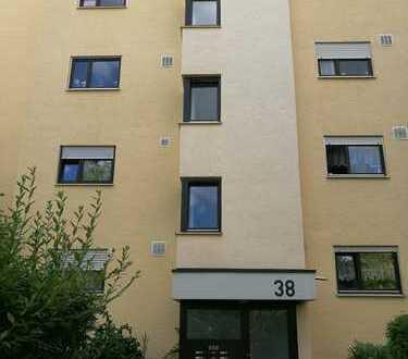 Wunderschöne, vollständig renovierte 3-Zimmer-Wohnung in Böblingen