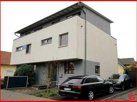 Moderne Doppelhaushälfte in gesuchter Wohnlage