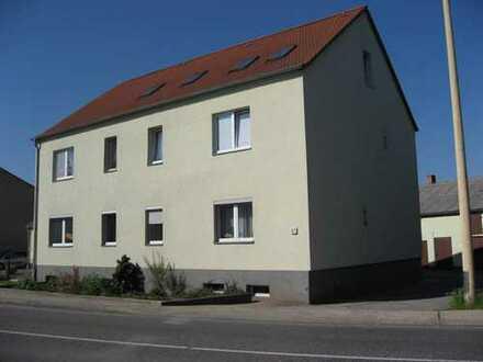 3-R-Wohnung - Hochparterre in Stadtnähe