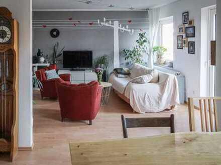 Schöne, helle Wohnung mit Balkon mitten in Münster