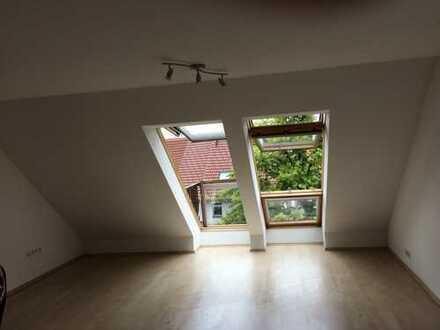 Dachgeschosswohnung in zentraler Lage in Grabenstetten