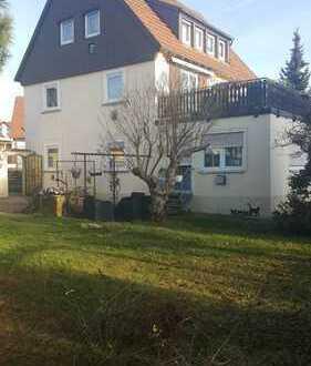 Freistehendes 2-Familienhaus mit großem Garten