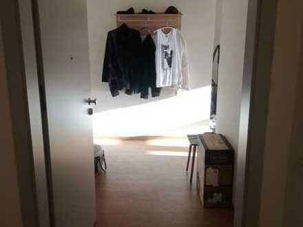 Helle und geräumige 1-Zimmer-Wohnung in Oranienburg (Untervermietung)
