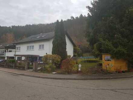 Mehrfamilienhaus mit 5 Wohnungen in Rottweil (Kreis), Epfendorf