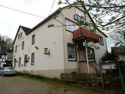 Hotel/Gasthaus in Filsen/Rhein 16 Zimmer -Nachfolger gesucht--