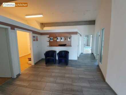 Schöne Lichtdurchflutete Gewerberäume in Schongau-West perfekt für Kosmetik & Gesundheit & Büro