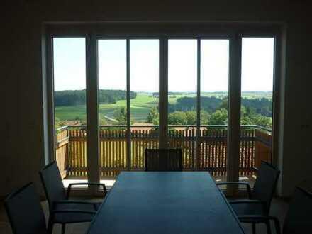 Erstbezug: ansprechende 4-Zimmer-Penthouse-Wohnung mit Balkon/Terrasse in Schnaitsee