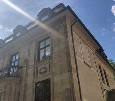 Arbeiten in Baudenkmal//herrschaftliche Büro-/Praxisflächen//für Freiberufler