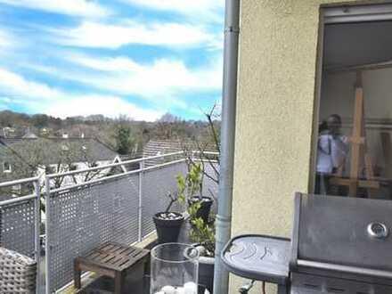 moderne und große Wohnung in Gräfrath, mit Balkon und Aufzug