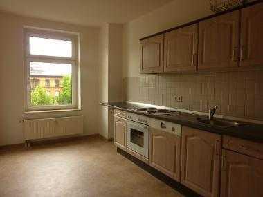 * Noch 4 Zimmer in toller Wohnung am Lene-Voigt-Park frei *