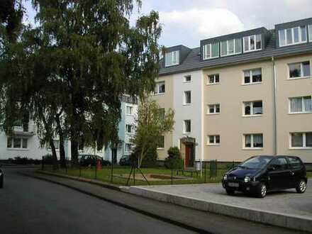 Rath-Heumar schöne Etagenwohnung mit Süd-Balkon