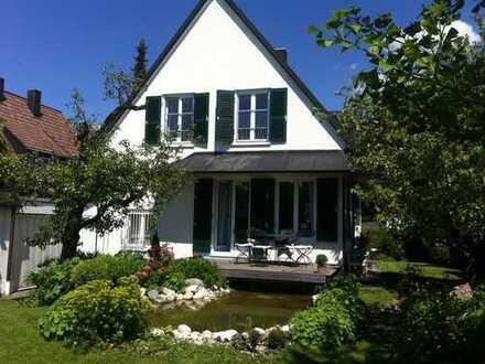 Wunderschönes, helles Wohlfühl-EFH mit großem Garten, in ruhiger Seitenstraße, Grenze zu Gräfelfing