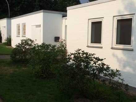 Charmantes Bungalow mit vier Zimmern in Hamburg, Groß-Flottbek