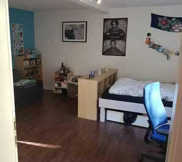 Möbliertes 20 qm Zimmer in toller WG