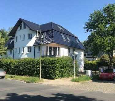Schöne große 3-Zimmer-Maisonette-DG-Wohnung in Kaulsdorf