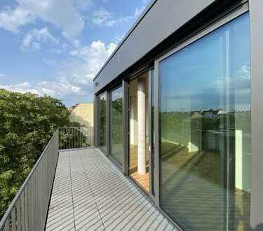 Sonnige Dachgeschoss Maisonette in Architektenhaus, befristet auf 4 Jahre