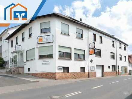 Großzügige Wohn- und Geschäftshaus mit Nebengebäude in zentraler Lage von Eiterfeld!