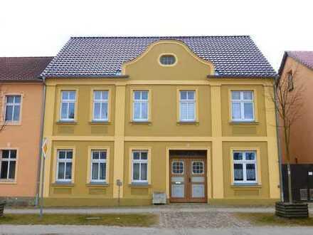 Bild_Geräumige 2-Zimmer-Wohnung in Rheinsberg
