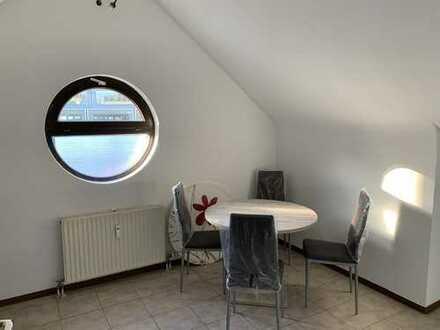 Möbliertes u. neu renoviertes Studenten-Apartment in Mannheim-City (hinter Q6/Q7)