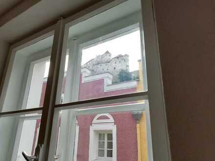 Neu renovierte 2,5 Zimmer Wohnung mit Burgblick in Burghausen - Altstadt zu vermieten.