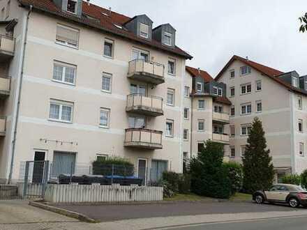 Preiswerte 2-Zimmer-DG-Wohnung mit EBK in Meuselwitz
