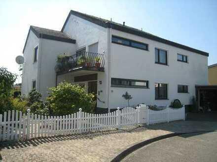 3 ZKB-Terrassen-ETW mit eigenem Garten im EG eines 2 Familienhauses in bevorzugter Eltviller Lage