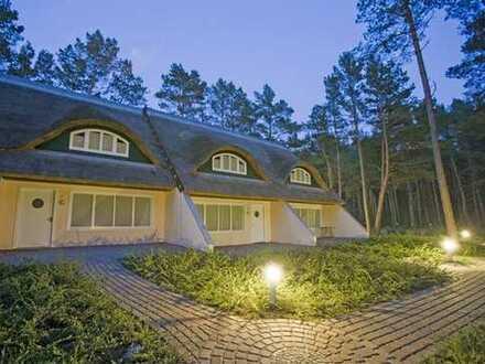 Reihenmittelhaus auf Usedom direkt am Strand mit 2 Wohneinheiten und Parkplätzen