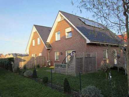 Doppelhaushälfte in ruhiger Sackgassenlage mit Solaranlage und kontrollierter Lüftung, KfW70-Haus