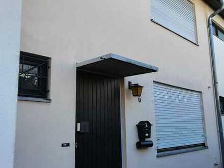 Schönes und gepflegtes 5-Zimmer-Reihenhaus zur Miete in Schlierbach, Heidelberg