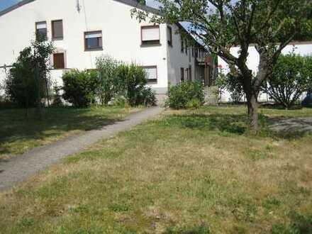 Vollständig renovierte 3-Zimmer-Hochparterre-Wohnung