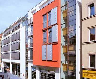 *Sehr großzügige Wohnung mit Dachterrassen in zentraler Lage*