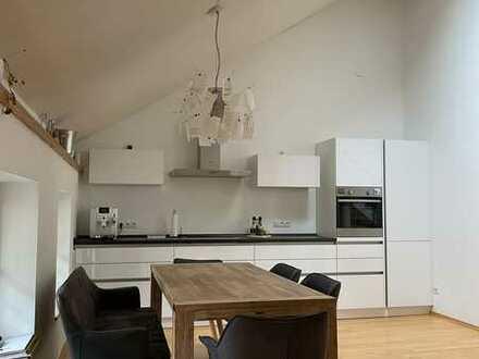 Attraktive Wohnung mit fünf Zimmern zum Verkauf in Andechs