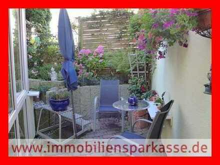 Wintergarten, Terrasse und Gartenanteil!