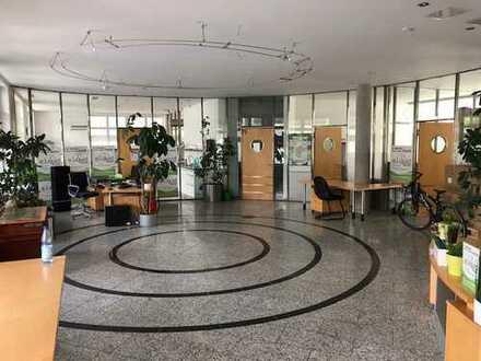Provisionsfrei: 300 qm Büro oder Verkaufsflächen im Sonnenwinkel / Augusta Arcaden Dachau