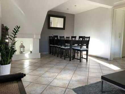 [Reserviert] Gepflegte 2,5-Zimmer-Maisonette-Wohnung mit vielen Extras in Castrop-Rauxel