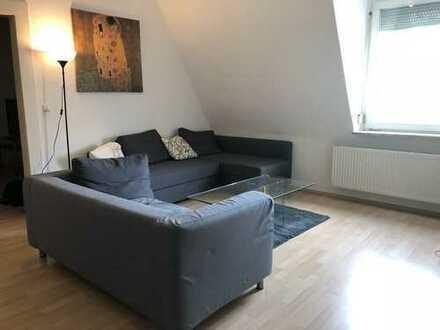 Zentrale Altbau 3-Zimmer-Wohnung, Vollmöbiliert in Neu-Ulm zur Zwischenmiete