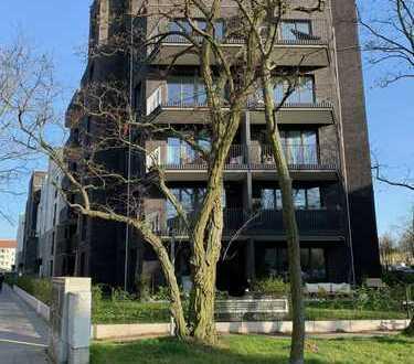 Lichtdurchflutete großzügig 2-Zimmer Wohnung (74 qm) in Karlshorst (Lichtenberg) freut sich auf Sie!