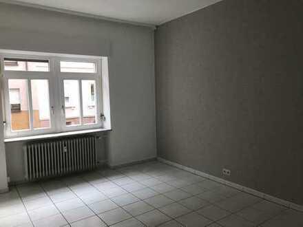 Exklusive, modernisierte 3-Zimmer-Erdgeschosswohnung mit Einbauküche in Karlsruhe