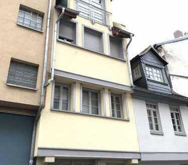 Neu renovierte, moderne 2-Zi-Maisonette-Wohnung in historisch saniertem Altbau