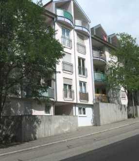 Schöne, geräumige ein Zimmer Wohnung in Pforzheim, Nordstadt