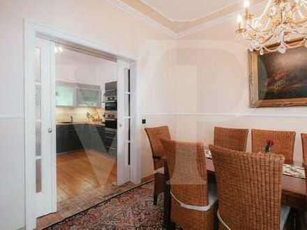 WARNEMÜNDE I Charmantes, großes Traumhaus mit Fachwerkfassade und Innenhof in Premiumlage