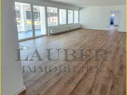 ***Exclusive Drei-Zimmer Wohnung - EG - 172m² - mit Wintergarten in Niedermittlau