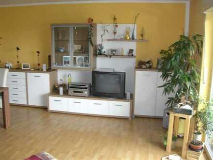 Großzügig geschnittene helle 3-Zimmerwohnung in Bruchsal mit großem Balkon