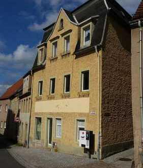 sanierungsbedürftiges Mehrfamilienhaus in Lommatzsch zu verkaufen
