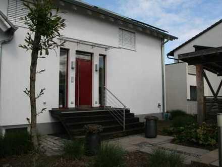 Modernes Einfamilienhaus - Top Lage - in Elsenfeld